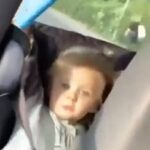 Inyay/Small child gets caught taking selfie